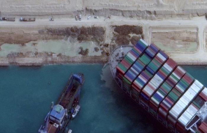 تقرير يكشف النتائج الأولية للتحقيق في حادث قناة السويس