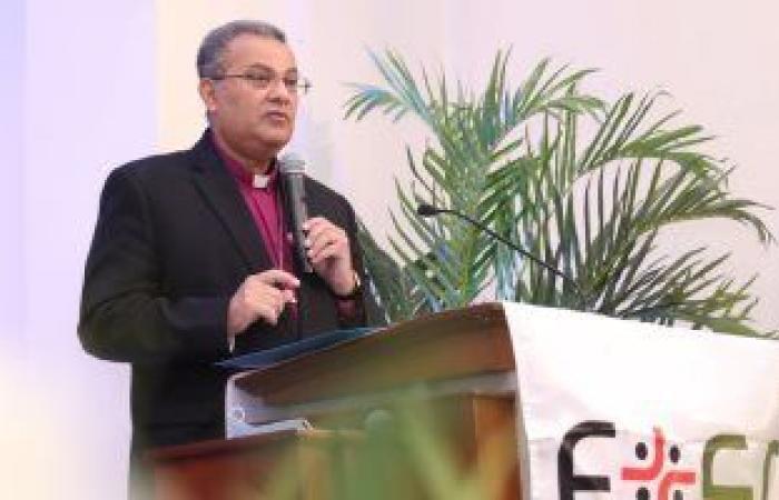 رئيس الطائفة الإنجيلية يشهد تخريج الدفعة 149 من كلية اللاهوت بكنيسة مصر الجديدة