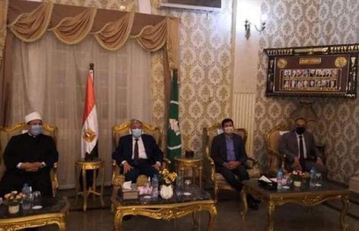 محافظ المنيا يستقبل وزيري الأوقاف والشباب