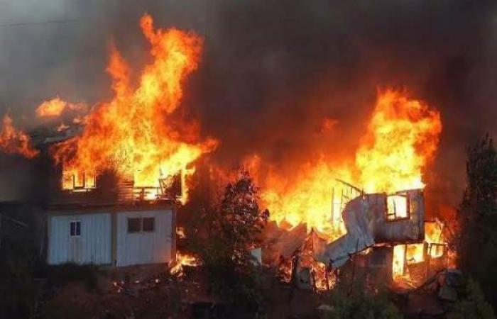 حريق بجوار المحطة الوسيطة بطوخ