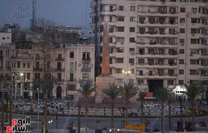 دقائق وتنطلق الرحلة الذهبية.. شاهد آخر الاستعدادات أمام المتحف المصرى