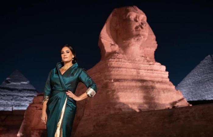 هند صبري بعد مشاركتها في موكب المومياوات الملكية: فخر لكل العرب.. صور