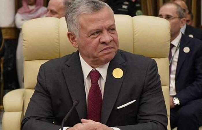 بعد محاولة الانقلاب.. العاهل السعودي وولي عهده يطمئنان على ملك الأردن
