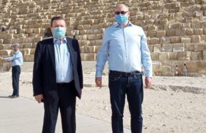نائب وزير خارجية أوكرانيا يزور الأهرامات بصحبة السفير الأوكرانى بالقاهرة