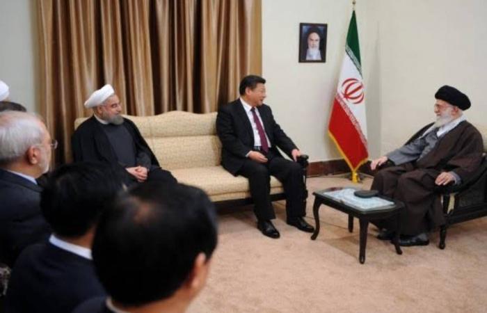 «الصفقات مقابل العقوبات».. معركة تشتعل في إيران بين واشنطن وبكين