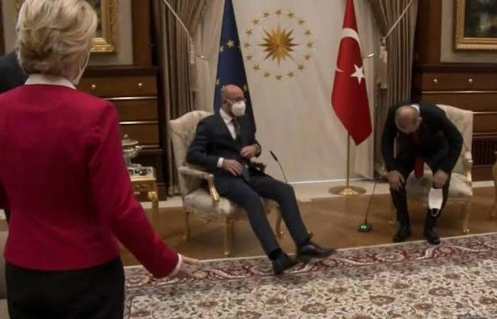 مفاجأة في «فضيحة الأريكة» بتركيا.. واجتماعات أوروبية لتوبيخ شارل ميشيل