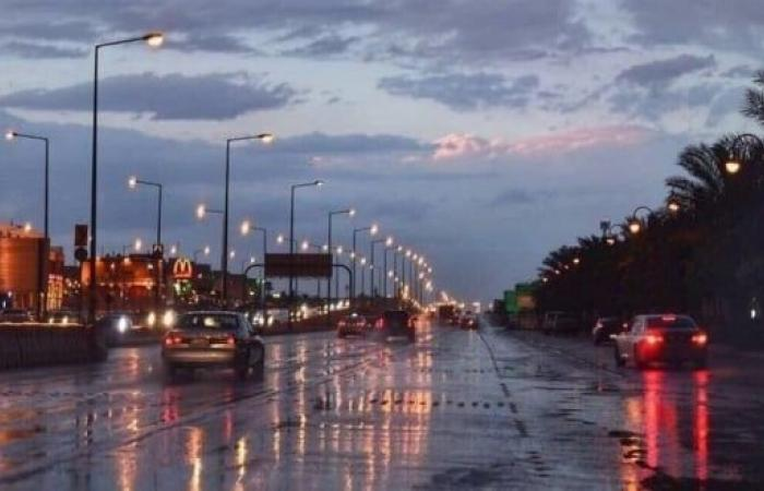 سماء غائمة مصحوبة برياح نشطة على 6 مناطق