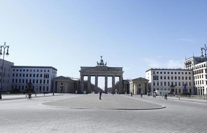 تجاوز «أولوية اللقاحات».. إيقاف عمدة مدينة عن العمل في ألمانيا