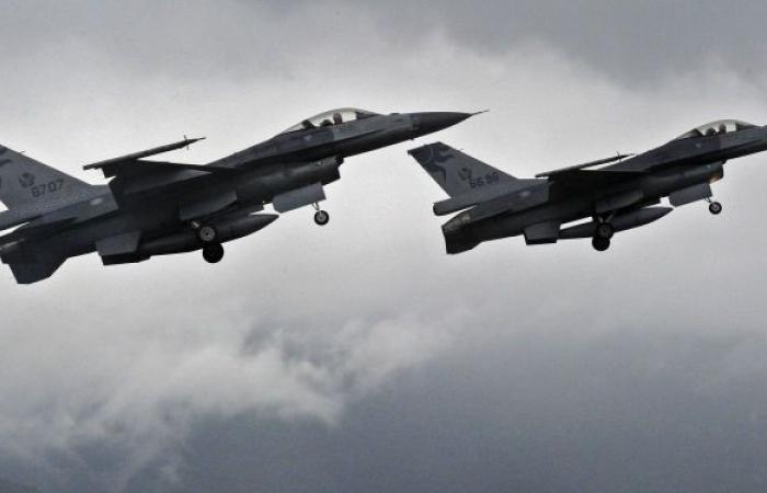 """19 مليون ساعة طيران… معلومات عن مقاتلات """"إف - 16"""" الأمريكية"""