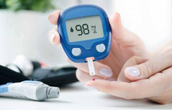 8 علامات تدل على أن مستوى السكر في الدم بات يهدد حياة المصاب بالوفاة