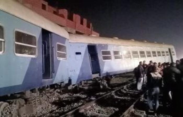 """""""الصحة"""": ارتفاع عدد مصابى حادث قطار الشرقية لـ15 راكبًا ولا وفيات.. صور"""