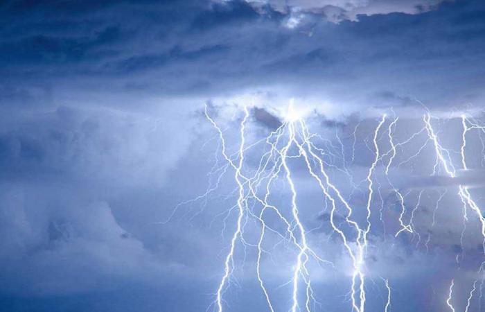 «الأرصاد» عن طقس السبت: أمطار رعدية مصحوبة بزخات برد على بعض المناطق