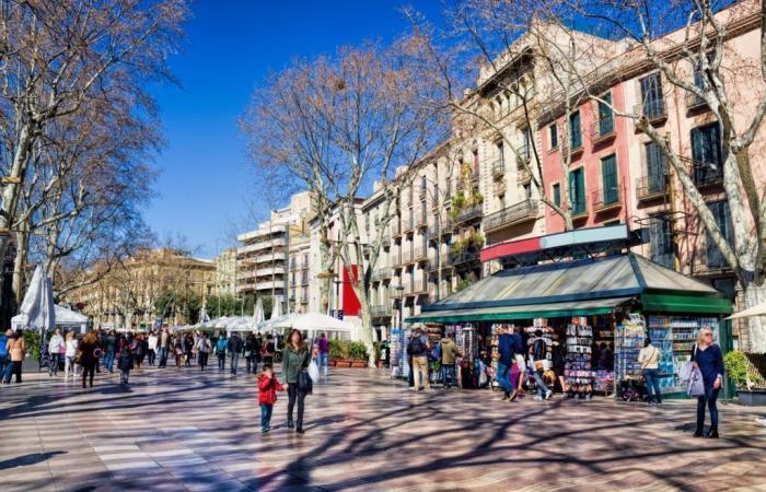 فريق IO Interactive يُعلن عن افتتاح فرع جديد في برشلونة