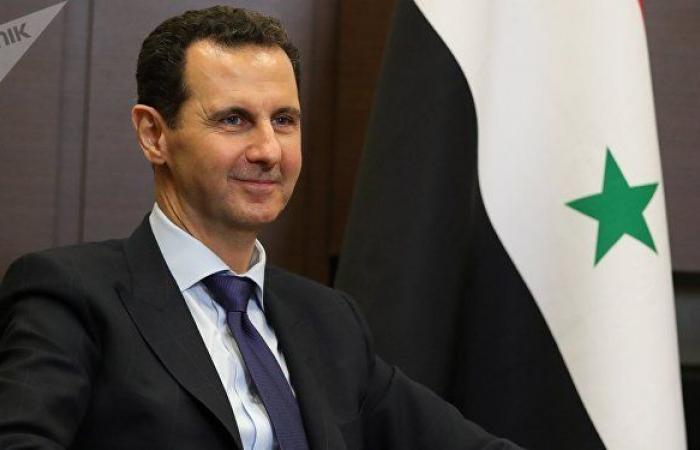 زعيم عربي يهنئ الرئيس السوري بشار الأسد