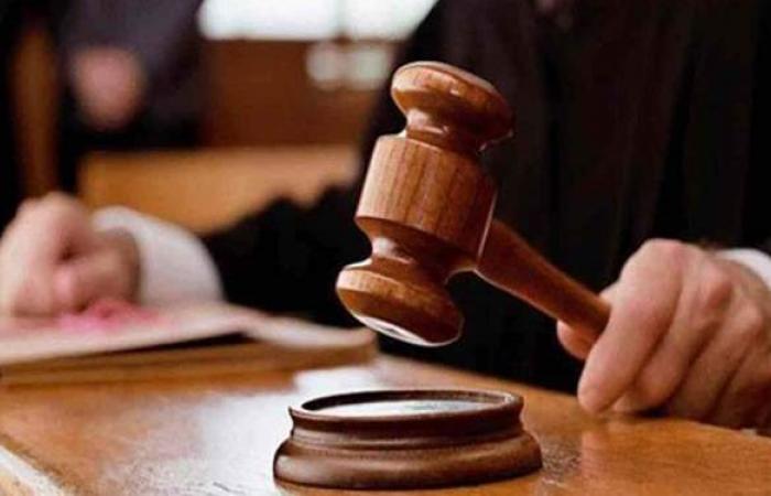 تعقيم محكمة العباسية لمواجهة الموجة الثالثة من كورونا