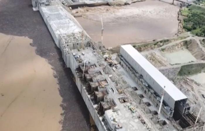 """السودان يرد على موعد الملء الثاني لـ""""سد النهضة"""" ويطلع السفراء الأفارقة على الملف"""