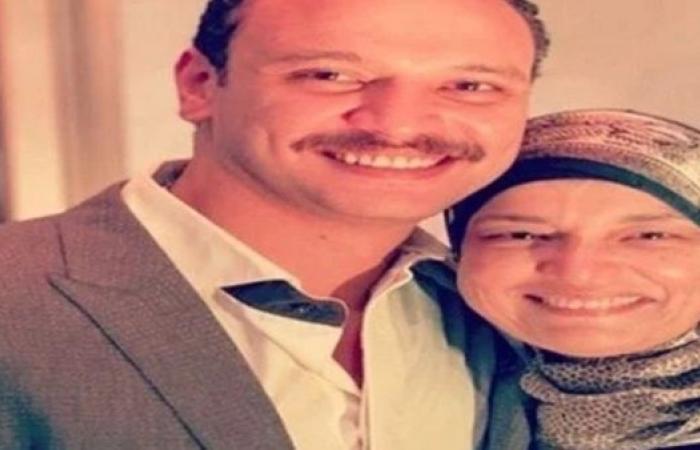 غدًا.. أحمد خالد صالح يستقبل العزاء في والدته بالمجمع الإسلامي بالشيخ زايد