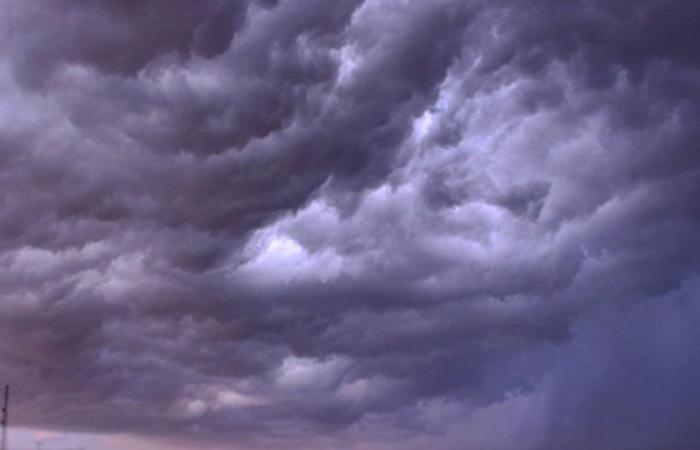4 مناطق تتأثر بسحب رعدية.. والحصيني يرصد الحالة المناخية بـ«خريطة»