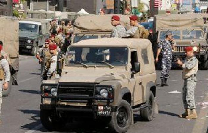 نائب رئيس البرلمان اللبنانى يطالب بتسليم السلطة إلى الجيش لوقف الفوضى والانهيار