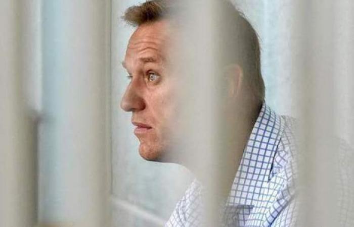 نقل المعارض الروسي نافالني للمستشفى بعد إضرابه عن الطعام