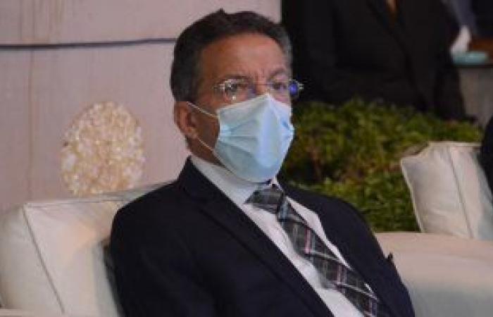 نقابة الأطباء تطالب الصحة بالإسراع فى تطعيم الفرق الطبية بلقاح كورونا