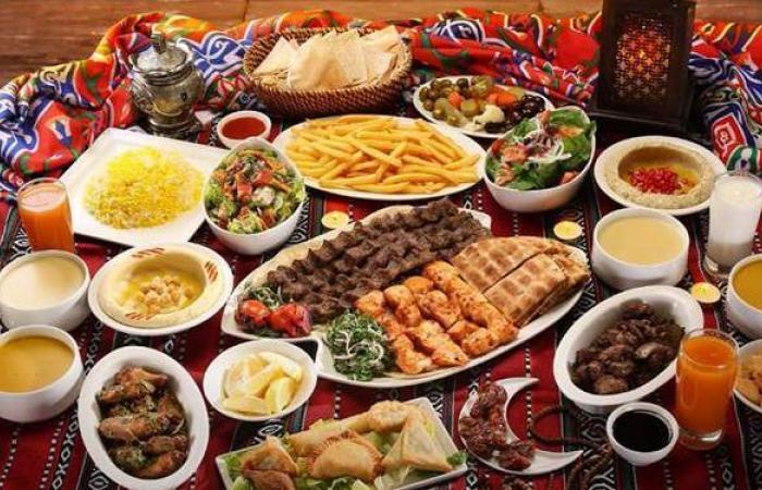 أفكار مبتكرة تساعدك لتزيين مائدة الإفطار في عزومات رمضان
