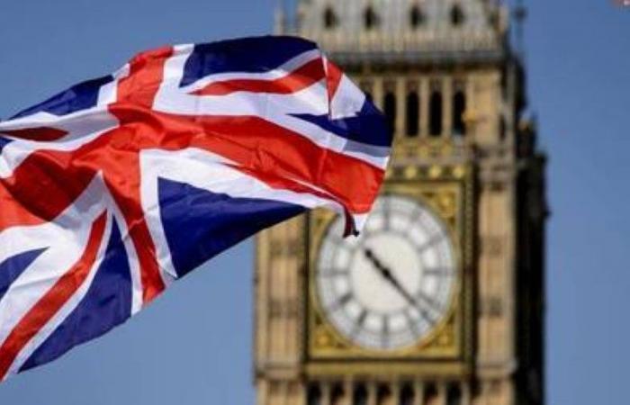 بريطانيا تشكل مجموعة عالمية لمواجهة الأوبئة وإنتاج اللقاحات