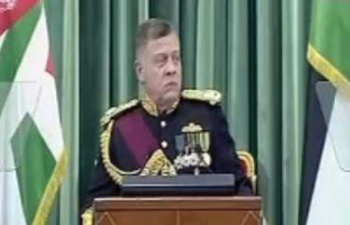 ملك الأردن وقائد الجيش الباكستانى يبحثان التعاون العسكرى