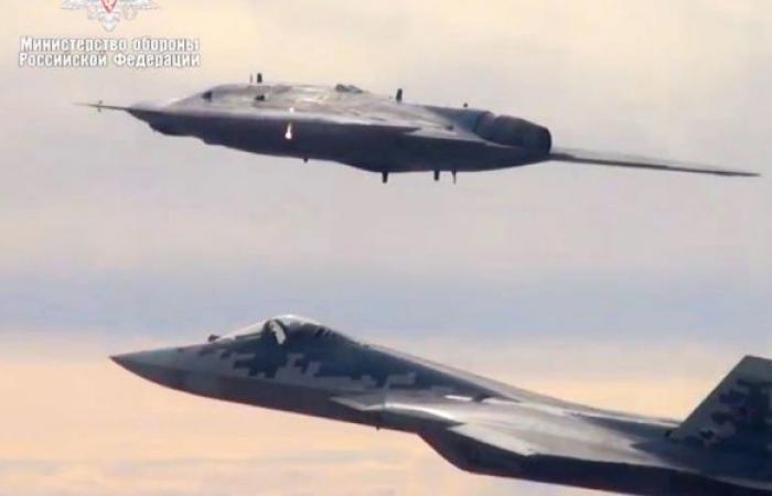 روسيا تجهز مقاتلتها من الجيل الخامس لقيادة مجموعة طائرات دون طيار