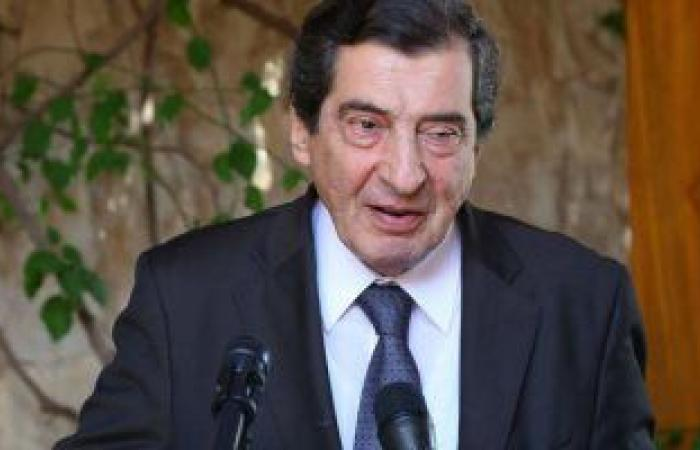 نائب رئيس البرلمان اللبنانى يؤكد تمسكه بالدعوة لتسلم الجيش مقاليد السلطة