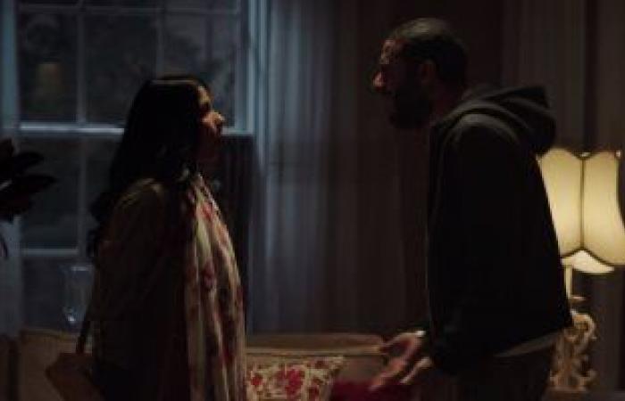 مسلسل لعبة نيوتن الحلقة 8 .. محمد فراج يخرج عن شعوره ويعترف بحبه لـ منى زكى