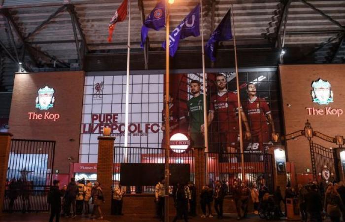 رئيس نادي ليفربول يقدم اعتذارا رسميا من الجماهير على قرار التورط بدوري السوبر... فيديو