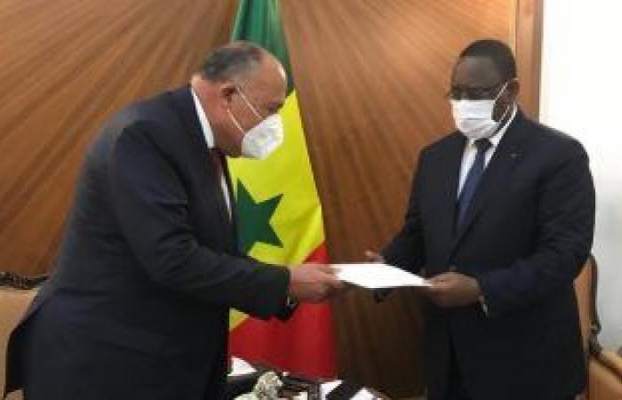وزير الخارجية فى داكار لتسليم رسالة من السيسي لنظيره السنغالي