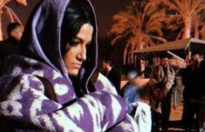 تارا عماد تنشر صورا جديدة من كواليس مسلسل موسى بفستان الزفاف والجلباب