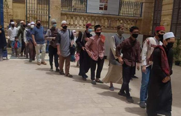 بعد مرور خمسة أيام على افتتاحها.. توافد مئات الزائرين على قبة ضريح الإمام الشافعي