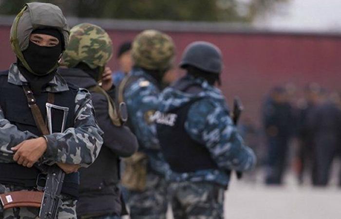 رئيس طاجيكستان يبحث مع نظيره القرغيزي وقف إطلاق النار على الحدود