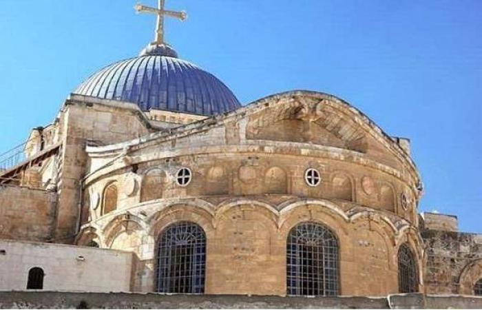 كنيسة القيامة بالقدس تحتفل بظهور النور المقدس | فيديو