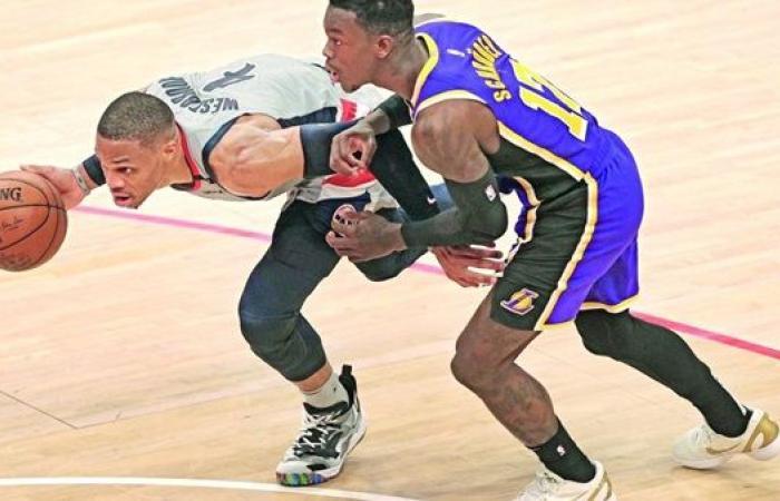 مافريكس يفوز على بيتونز بدوري السلة الأمريكي