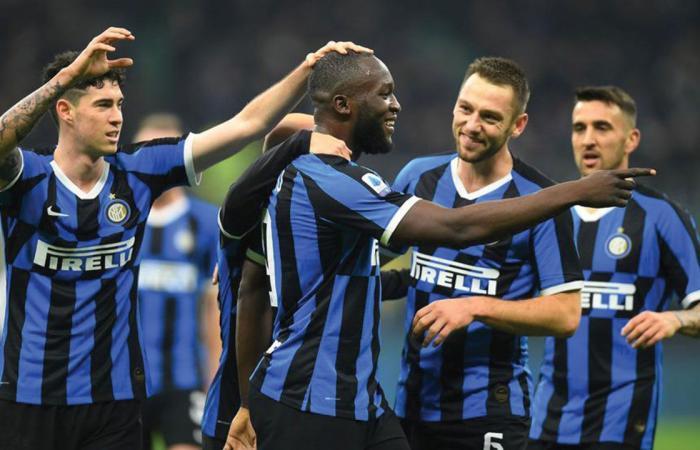 فوز ثمين لإنتر ميلان.. ونقطة واحدة تفصله عن حصد لقب الدوري الإيطالي