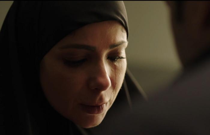 لعبة نيوتن الحلقة 18.. منى زكى تلتقى محمد ممدوح وتخبره بزواجها ويهددها بالقتل