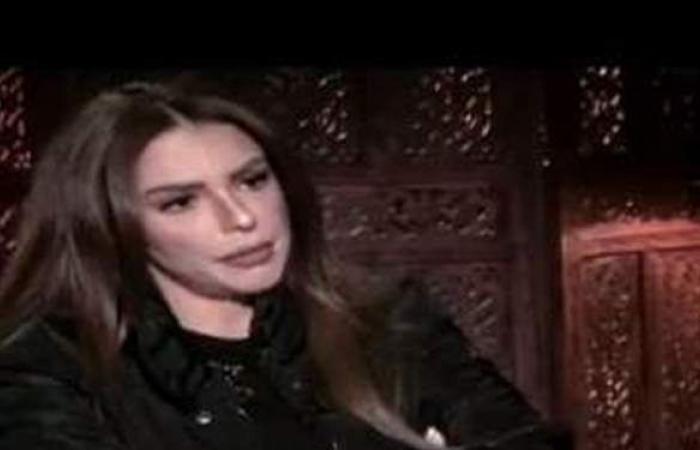 دنيا عبد العزيز: لو هعمل مصيبة هاخد معايا آيتن عامر (فيديو)