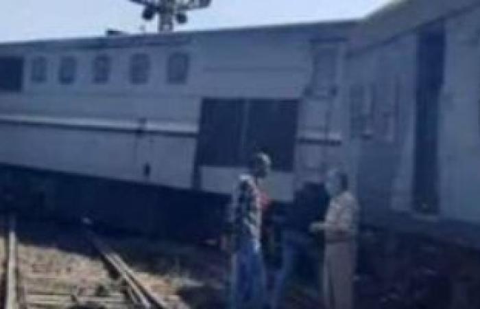 بث مباشر من موقع خروج قطار المنصورة دمياط عن القضبان دون إصابات