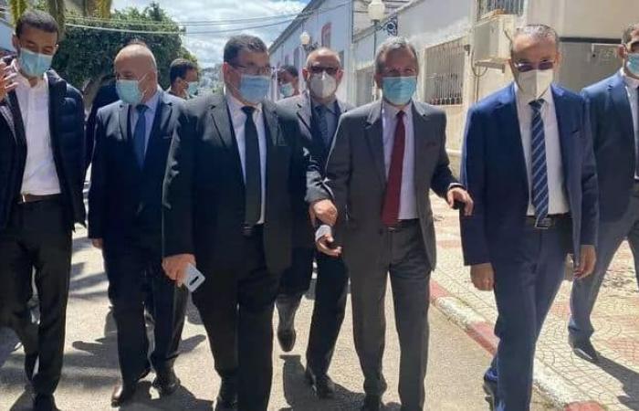 الجزائر تكشف تطورات حالة جميلة بوحيرد..وتنفى تحويل جرعة لقاح كوفيد المخصص لها