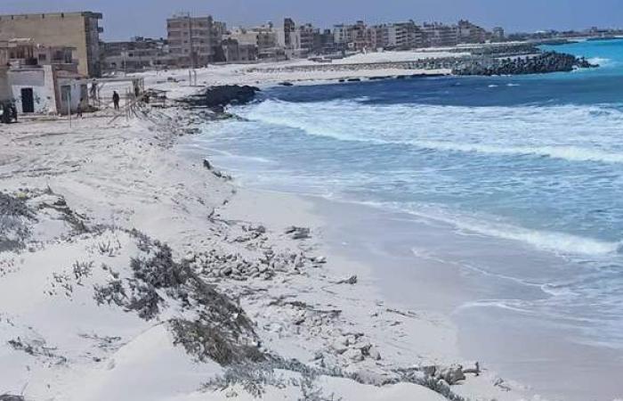 محافظ مطروح: استمرار غلق الشواطئ العامة والمتنزهات في شم النسيم