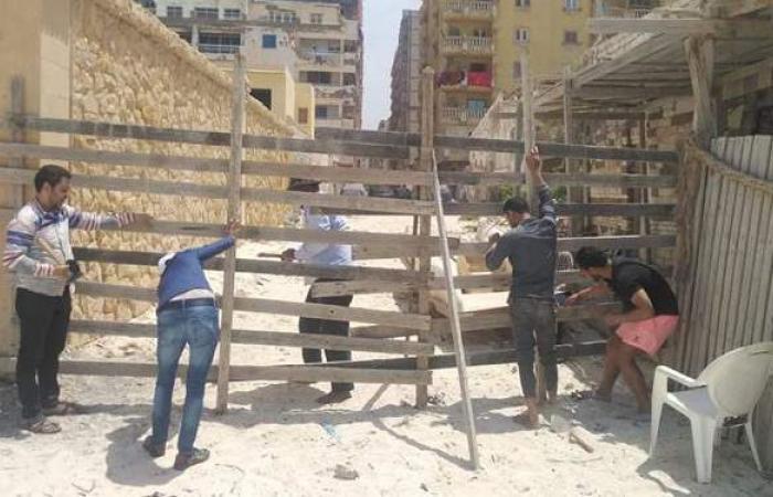 غلق شواطئ الإسكندرية ومطاردة المتسللين  صور