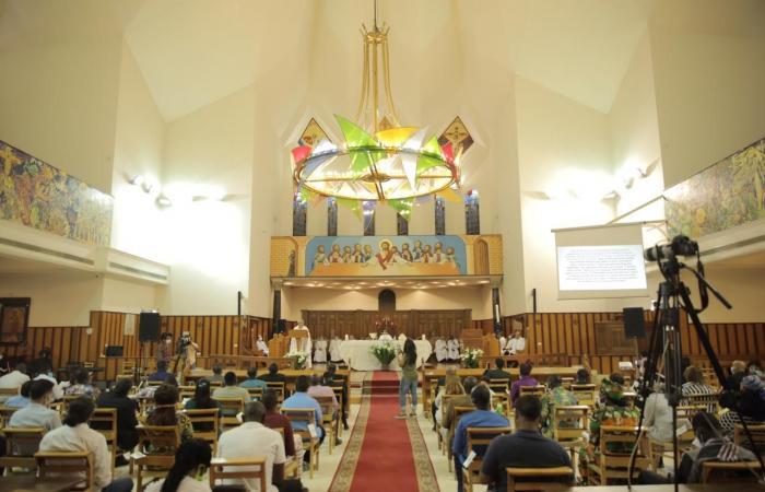 رئيس الأسقفية يدعو لصلاة الاستعداد مؤكدًا: أذكروا مرضى كورونا