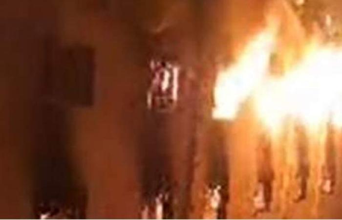 الدفع بـ 8 سيارات إطفاء لإخماد حريق كنيسة مارمينا بالعمرانية