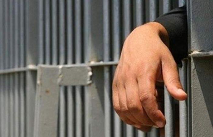 تجديد حبس عاطل متهم بسرقة سيارة من سيدة في مصر الجديدة