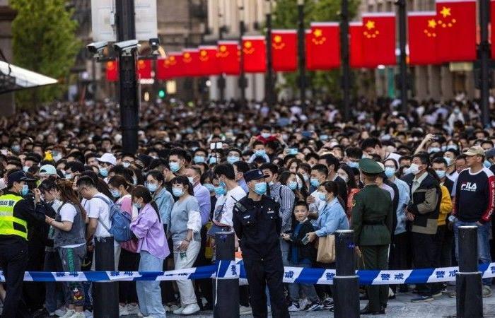 الصينيون يعودون إلى «ما قبل كورونا»
