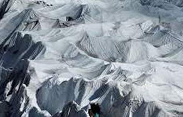 علماء يحذرون: توقعات بحدوث كارثة جليدية تصيب ملايين من البشر